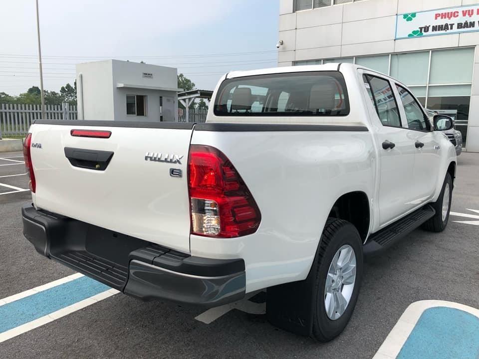 Toyota Hilux 2019 được đánh giá là có thiết kế táo bạo, mới mẻ